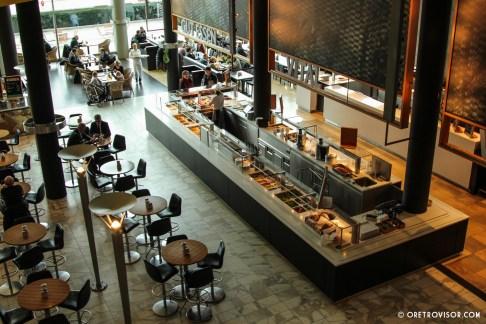 A atração conta com lojas e restaurantes