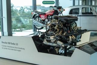 Nesta foto é possível perceber melhor como os motores são expostos
