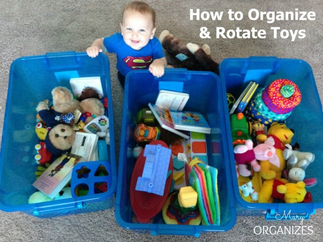 photo How to Organize Your Twins Closet