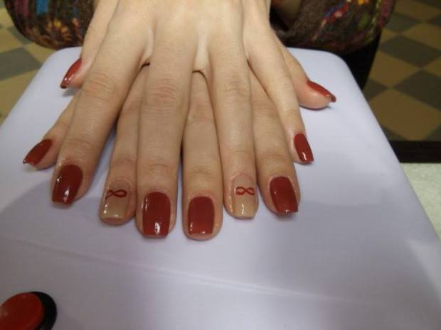beauty salon Cinderella manichiura