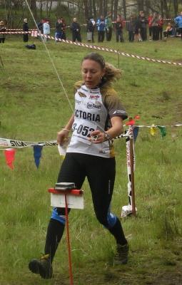 Natasha Key crosses the line to win for Victoria's Open Women