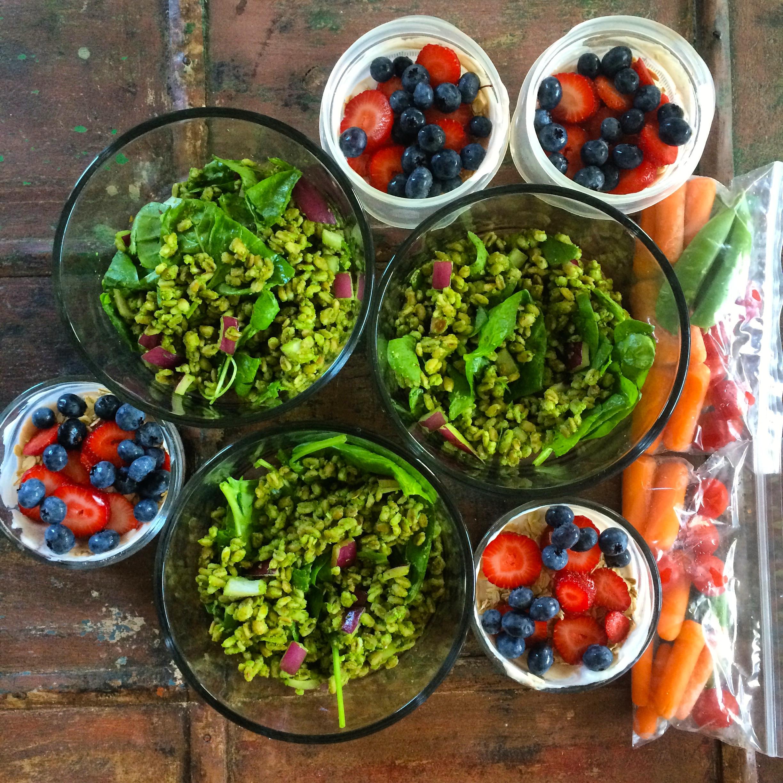 spinach.farro.salad