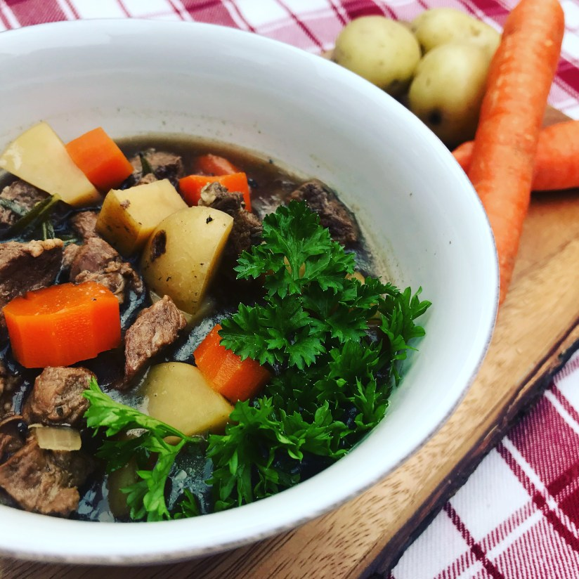 easy beef stew, crockpot beef stew, healthy soup recipe, healthy stew recipe, healthy crockpot cooking