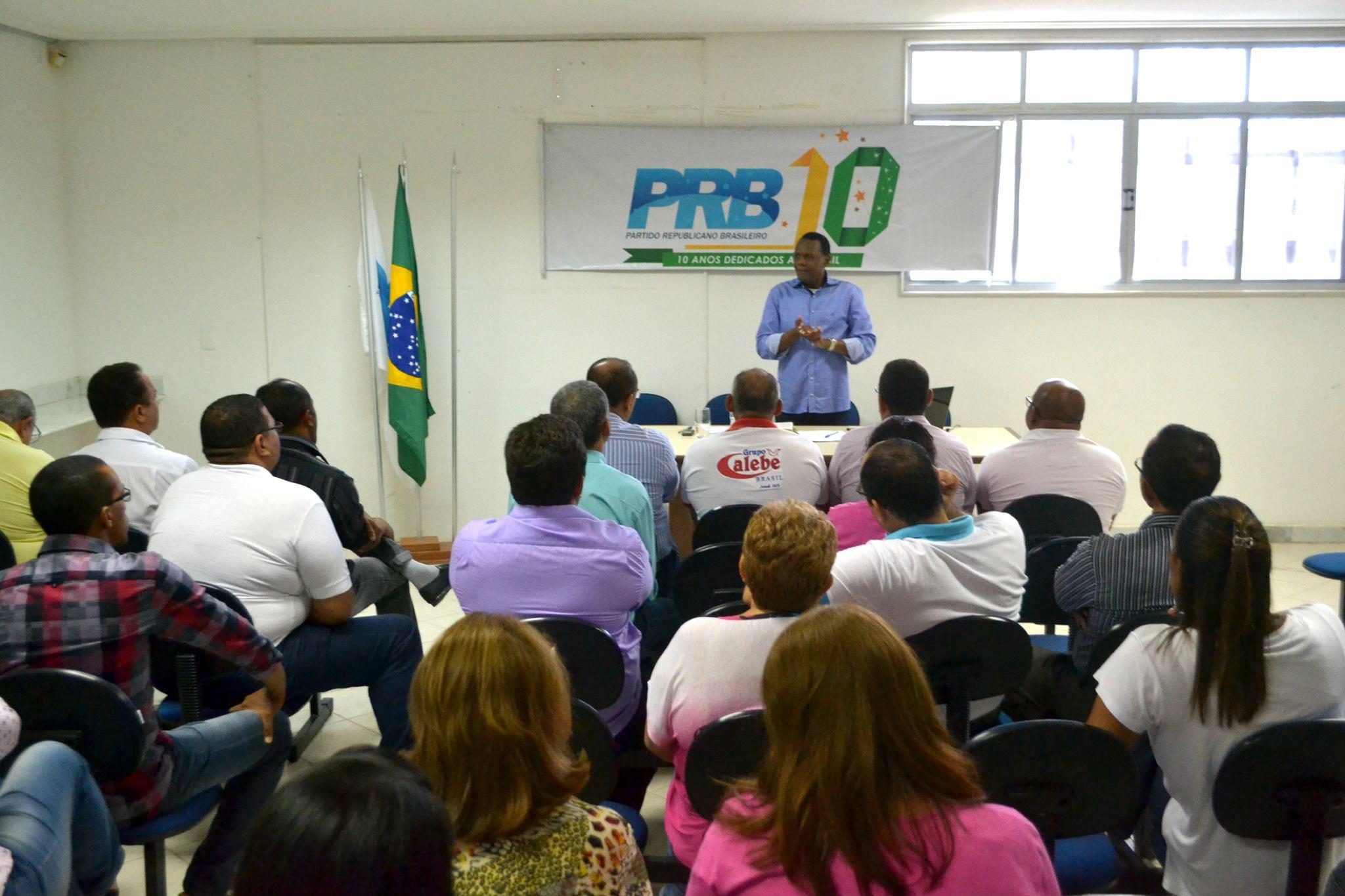 Ossesio Silva reúne lideranças em Pernambuco