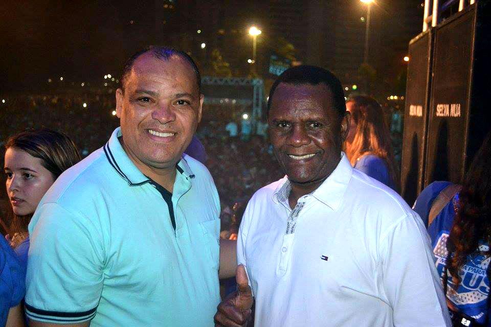 Bispo Ossesio e Pastor Alfredo participam da Marcha Para Jesus