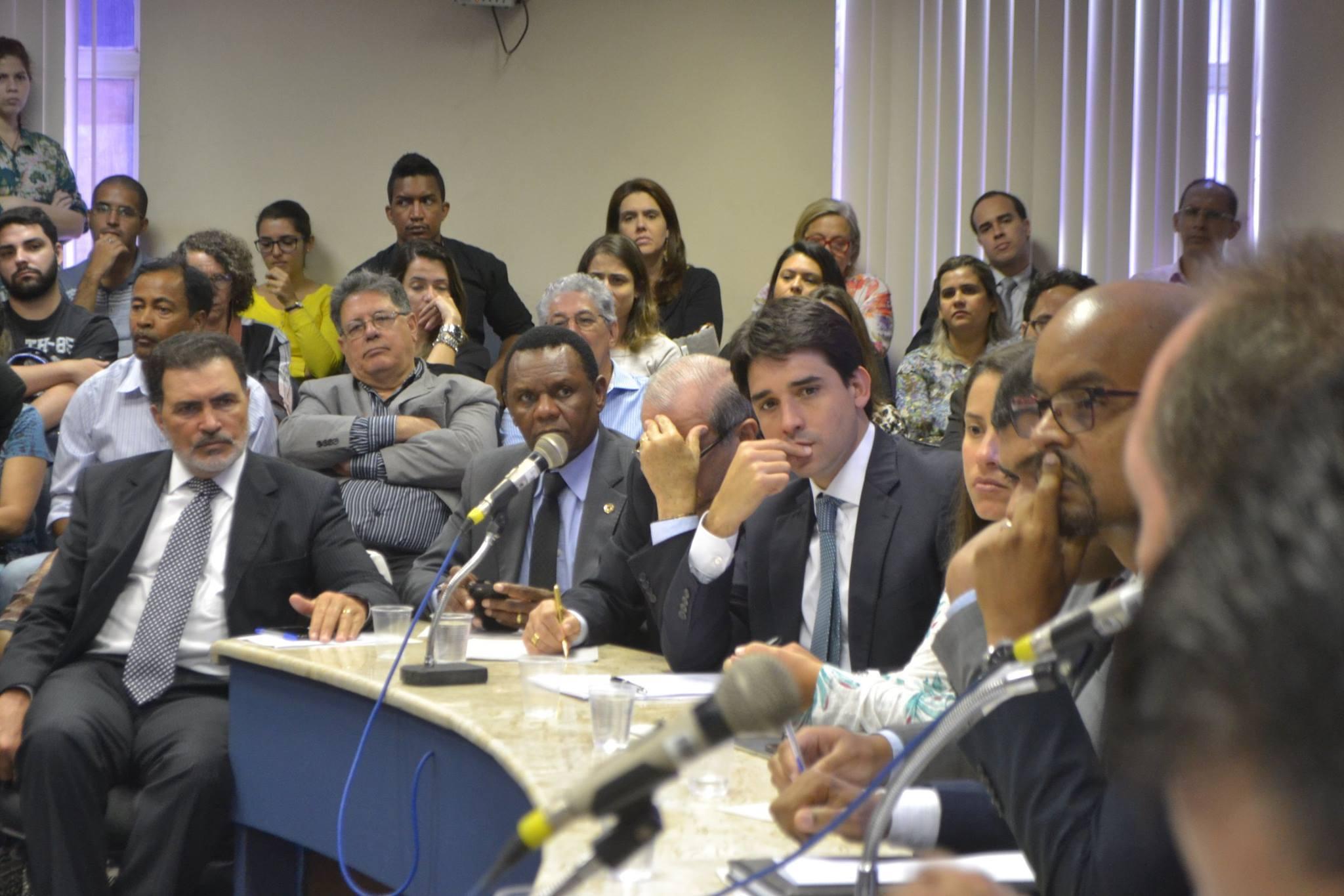 Comissão de Cidadania quer investigação do MP contra secretários de Estado