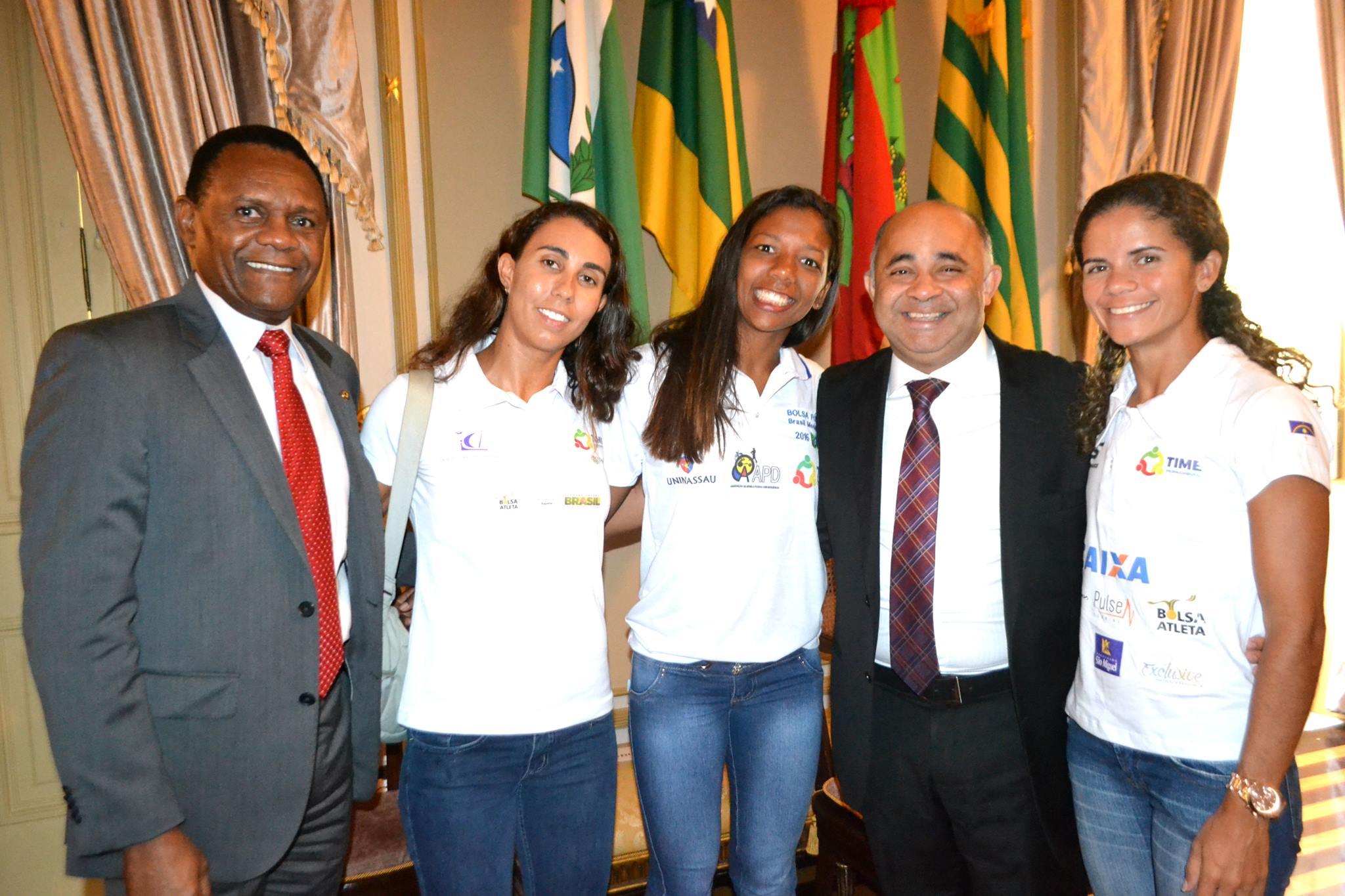 Ossesio prestigia visita do ministro do Esporte no estado