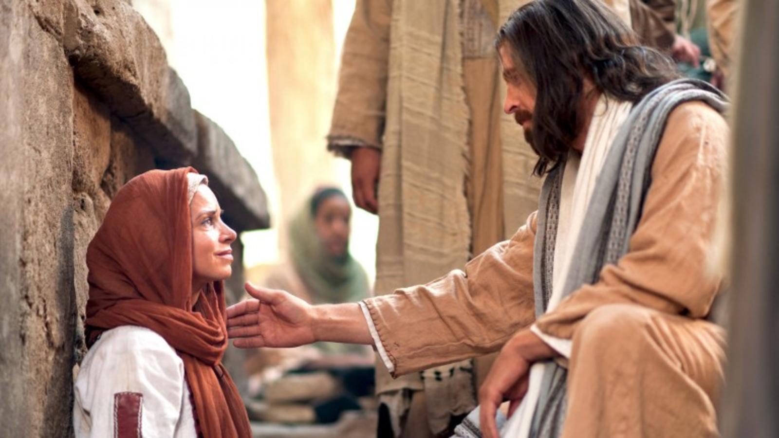 Família muçulmana se converte ao Evangelho após mãe receber oração e ser curada