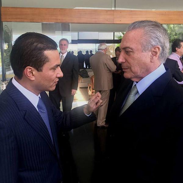 Marcos Pereira assume Ministério da Indústria, Comércio e Serviços e já abre diálogo com setor