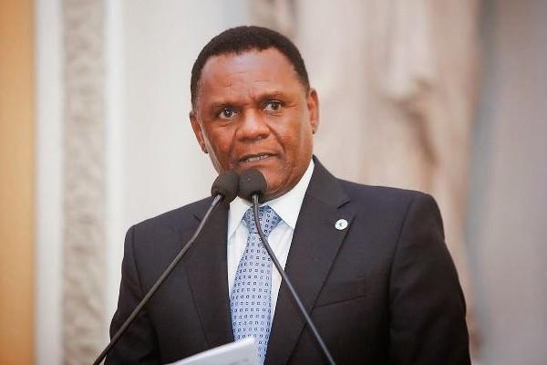 Ossesio Silva solicita 'Mutirão da Cidadania' em Pernambuco