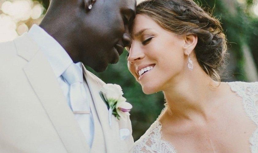 """Jogador cristão deixa esporte para cuidar de esposa com tumor: """"Minha família vem antes"""""""