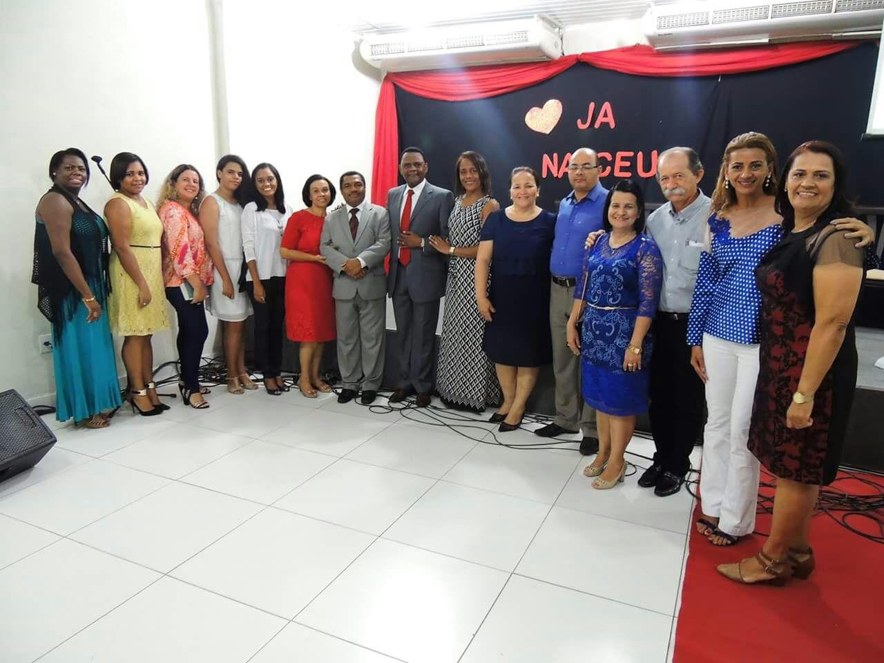 Bispo Ossesio visita  Igreja O Brasil Para Cristo Recife