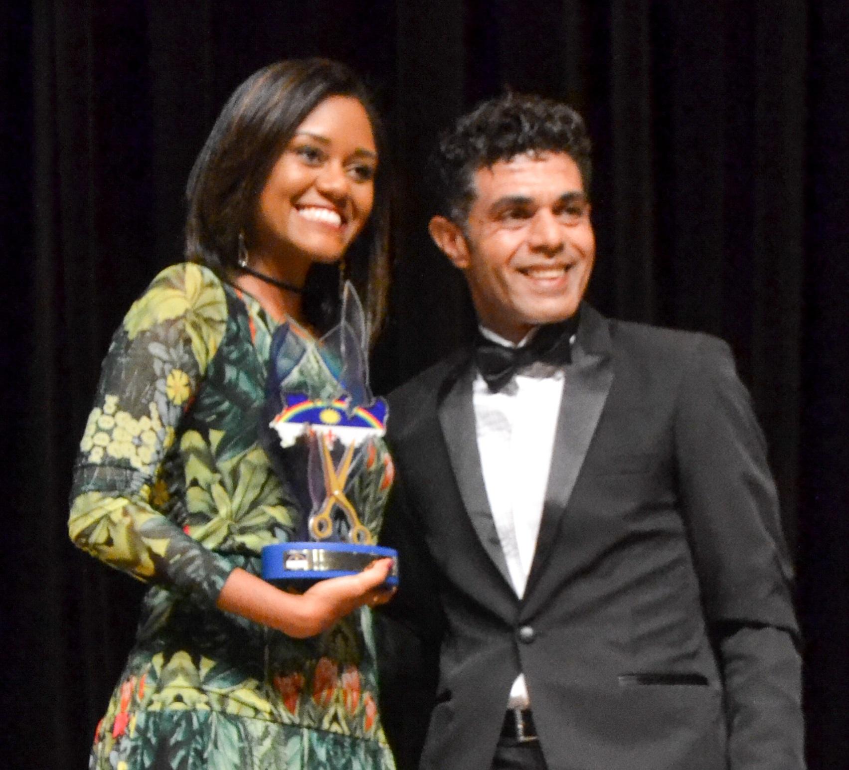 Profissionais da beleza recebem homenagem em Recife