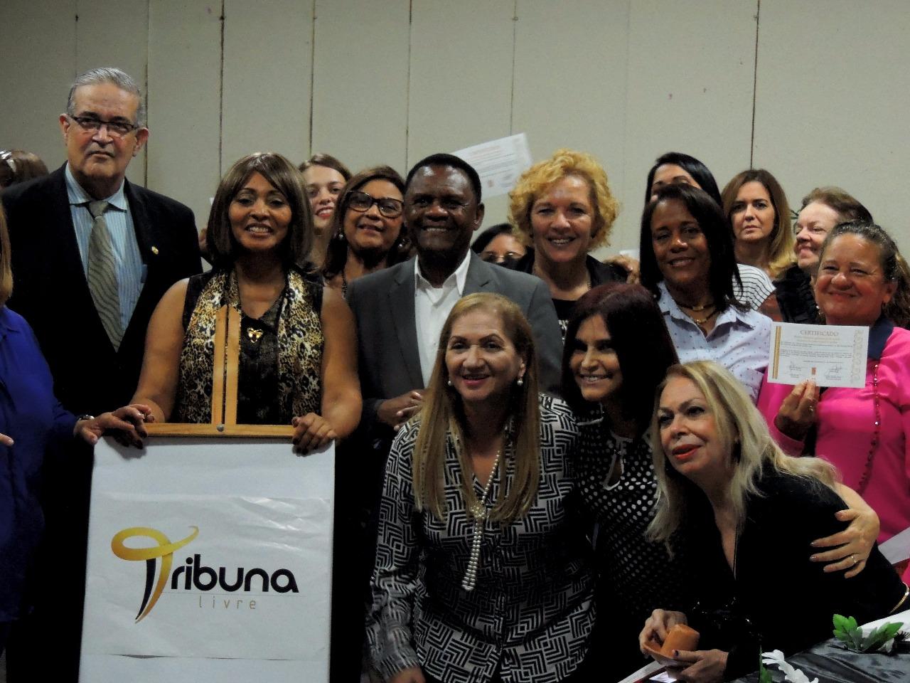 Jaboatão dos Guararapes – Ossesio Silva participa de palestra sobre a Lei Maria da Penha em Piedade