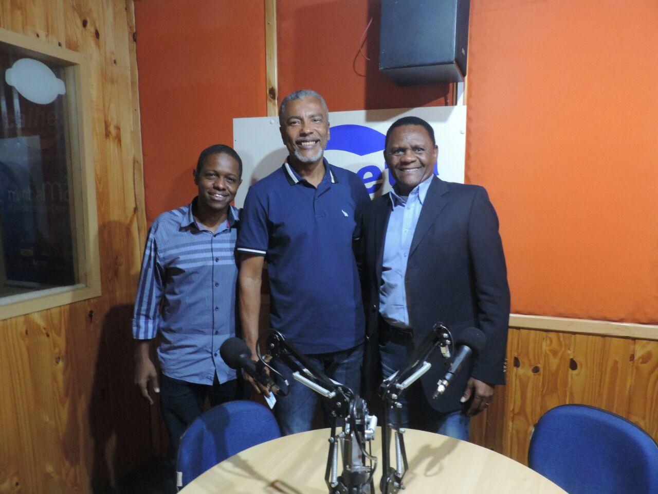 Litoral Sul – Deputado Ossesio Silva concede entrevista na Rádio Calheta no Cabo de Santo Agostinho