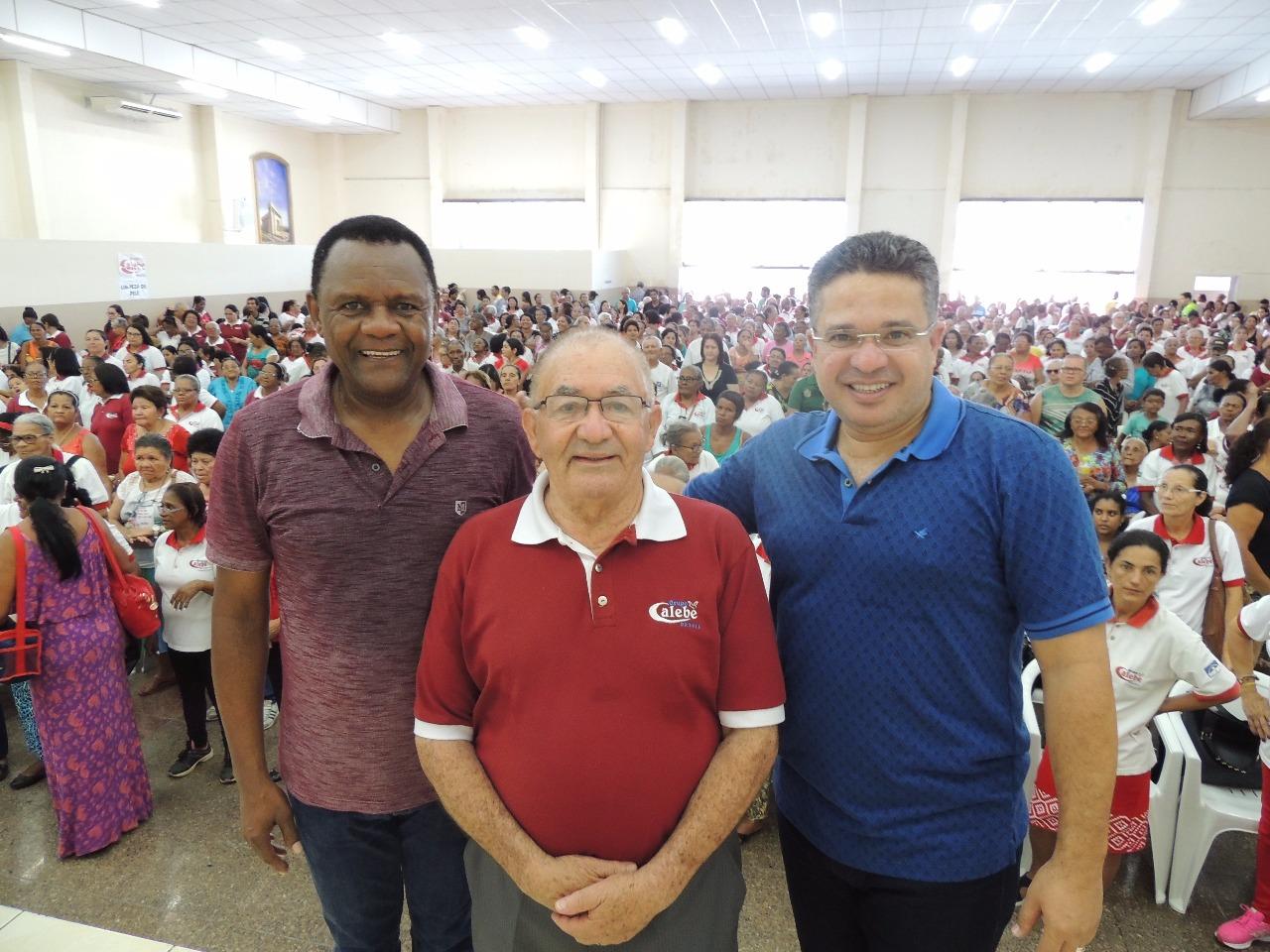 Grupo Calebe – Bispos prestigiam  5° Congresso da Melhor Idade
