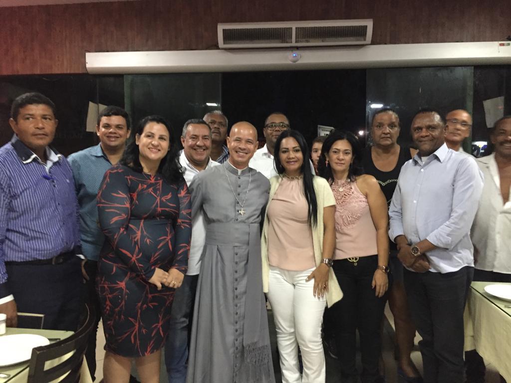 Deputado Ossesio se reúne com lideranças em Carpina
