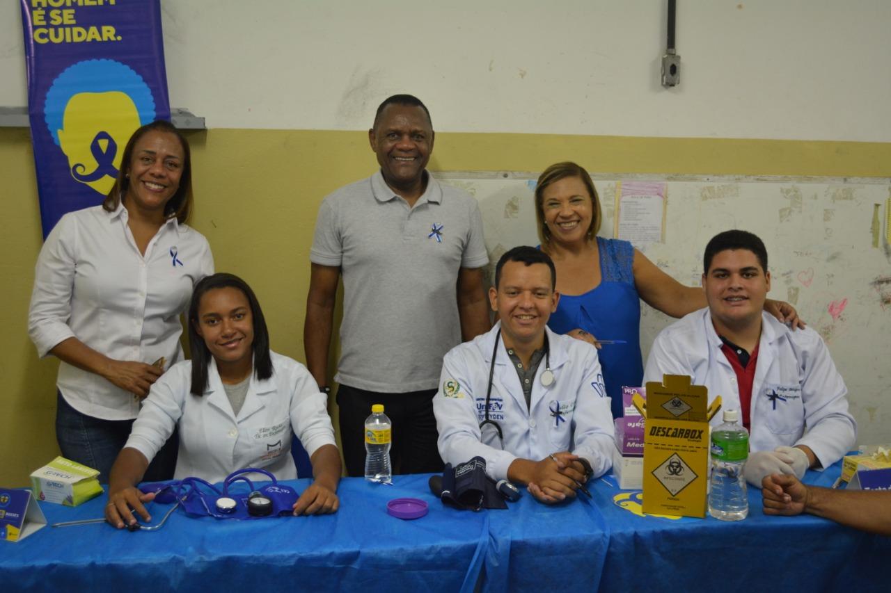 Ossesio Silva participa de ação social em alusão ao novembro azul no Recife
