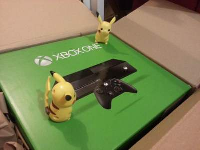 D�ballage de la Xbox One avec les Pikas !