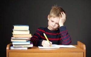 ONU propone prohibir tareas escolares en todo el mundo