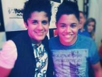 Felipe Araujo ao lado do irmão em uma foto antiga (Foto: Reprodução/Instagram)