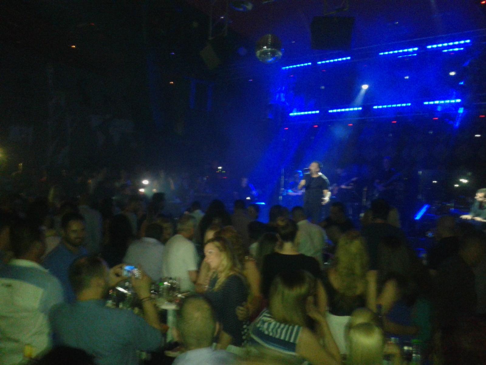 Αντώνης Ρέμος και Γιάννης Βαρδής ξεσήκωσαν το XS Night Club στην Πτολεμαΐδα
