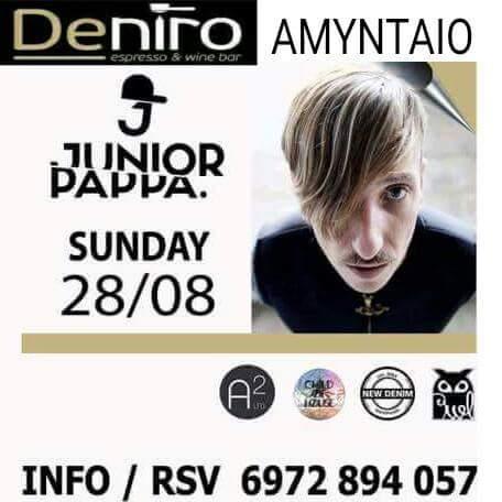 O DJ Junior Pappa στο bar Deniro στο Αμύνταιο την Κυριακή 28 Αυγούστου
