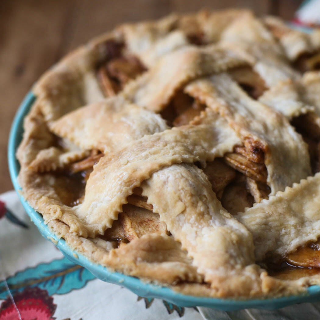 Dainty Light Flaky Pie Crust Our Bites Ice Cube Apple Pies Video nice food Ice Cube Apple Pies