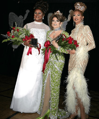 Tori Steele, Angela Dodd and Raquel Chevallier