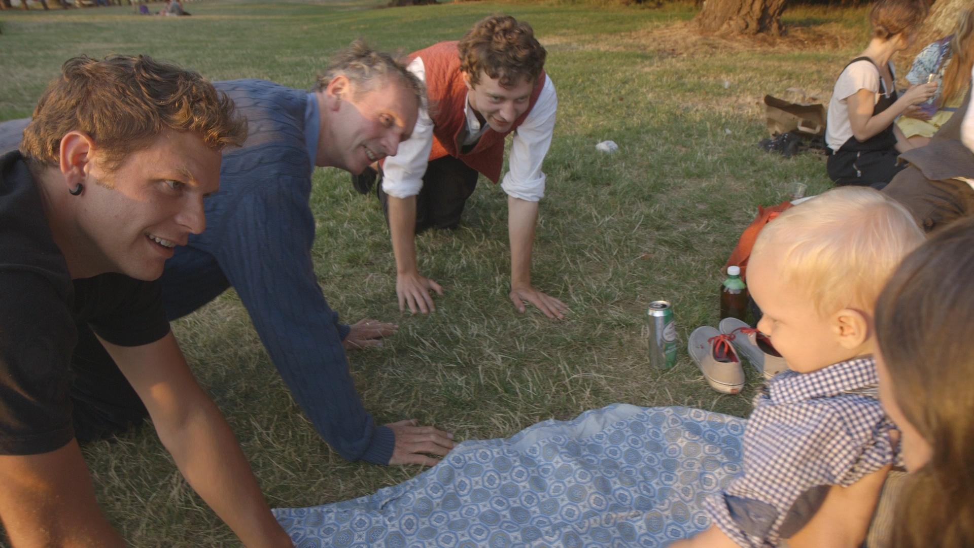An intergenerational crawling class
