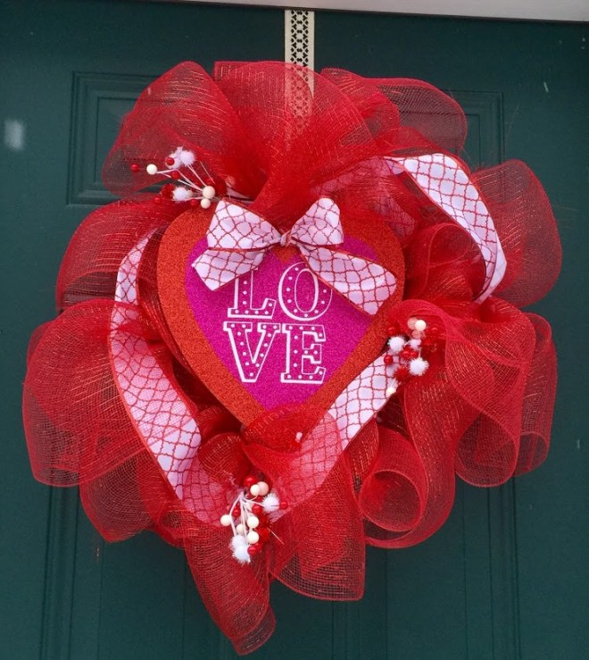 DIY Dollar Store Valentine's Day Wreath