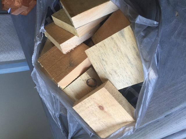 DIY_Scrap_Wood_Shabby_Pumpkins