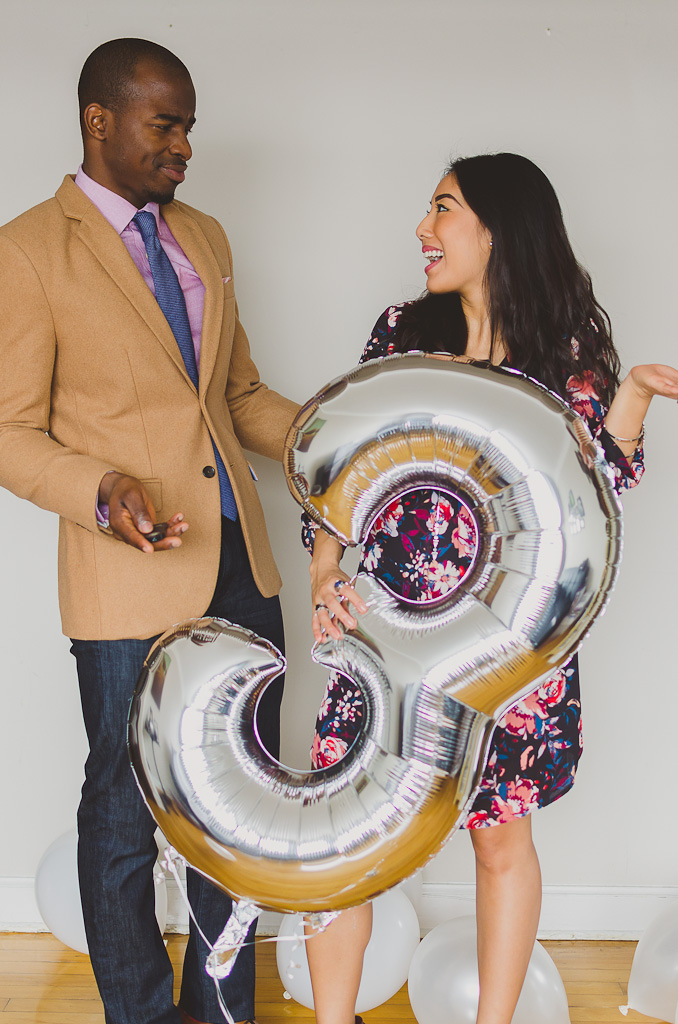 couple-balloon-photoshoot
