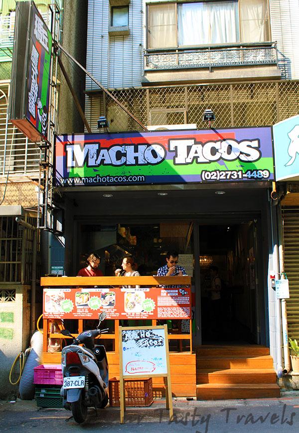 Macho Tacos Exterior