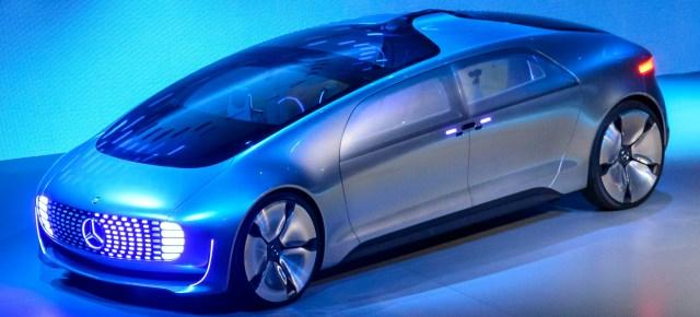 1/14/15 O&A Auto: Mercedes F015 Autonomous Self-Driving Hydrogen Car