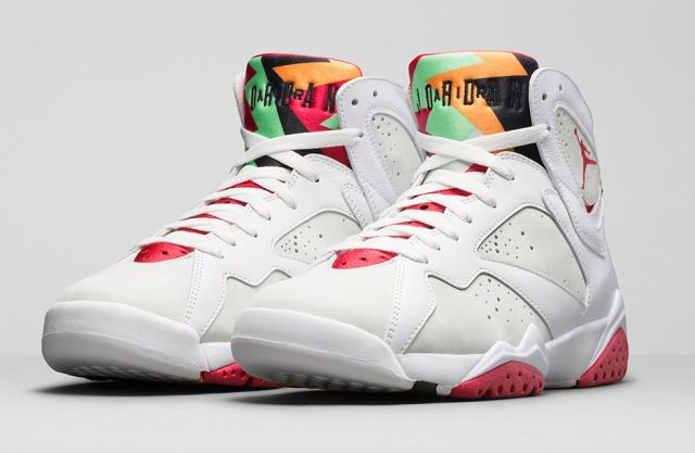 air-jordan-7-hare-official-images-01
