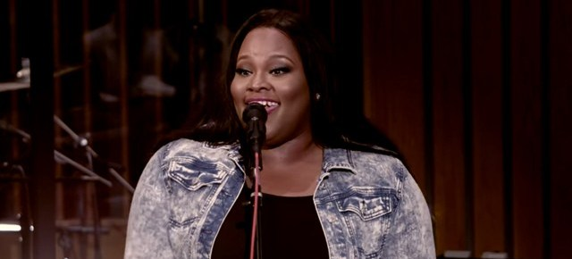 2/7/16 O&A NYC GOSPEL SUNDAY: Tasha Cobbs- Put A Praise On It (Live)