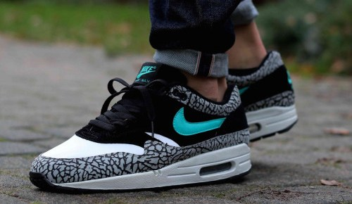 3/25/16 O&A NYC WITH WaleStylez FASHION: World's Air Max Obsession in Masters of Air, Vol. 1