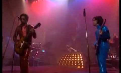 4/26/16 O&A NYC SONG OF THE DAY- REMEMBERING PRINCE: Prince & Lenny Kravitz American Woman