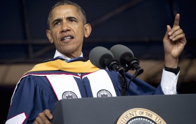 President+Obama+Delivers+Commencement+Address+rdyWalp5_jll
