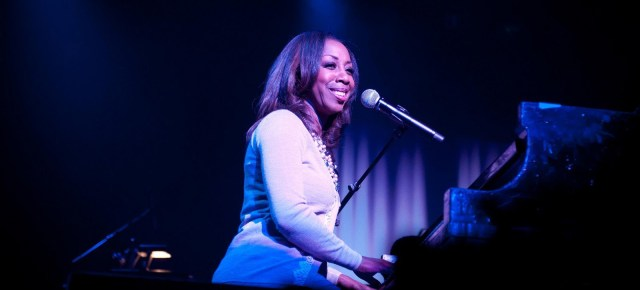 7/29/16 O&A NYC SONG OF THE DAY: Oleta Adams – Get Here (c/w Courtney Pine sax solo)