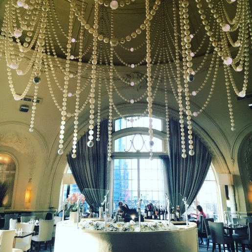 Chase Sapphire Preferred. You can stay at the Hyatt at the Bellevue in Philly with Chase Ultimate Rewards points