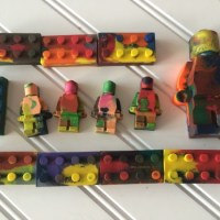 Easy to Make Lego Style Chocolates & Crayons With High-Five Naturals Silicone Molds & Giveaway