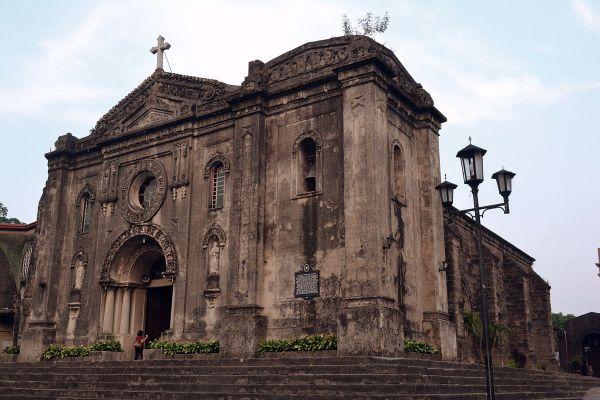 Церковь Нуэстра Сеньора де Грасиа в Макати by Ronaldbunag