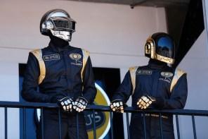 Daft Punk 釋出復古滑板系列「Da Funk」全球限量 50 件!