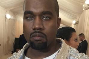 Kanye West 示範今年夏天最 IN 行頭,「水藍色變色片」出席 2016 Met Gala!