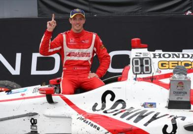 Bourdais wins IndyCar opener at St. Petersburg from last