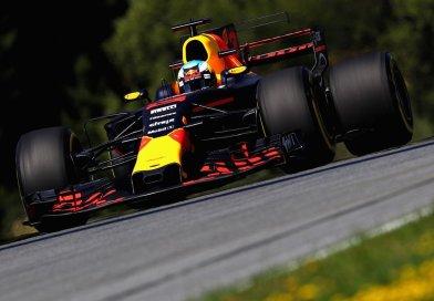 Hamilton Leads Austrian Free Practice