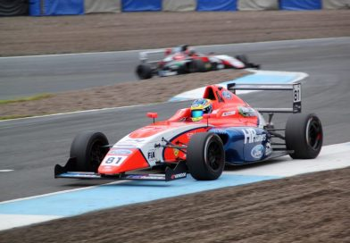 Piastri continues to close the gap to Caroline in Knockhill