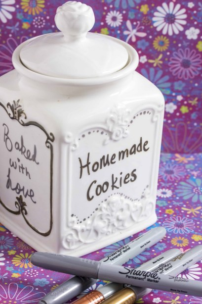 DIY cookie jars with Sharpies 3